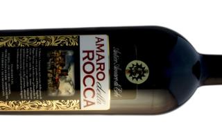 Amaro della Rocca, infuso di erbe siciliane.
