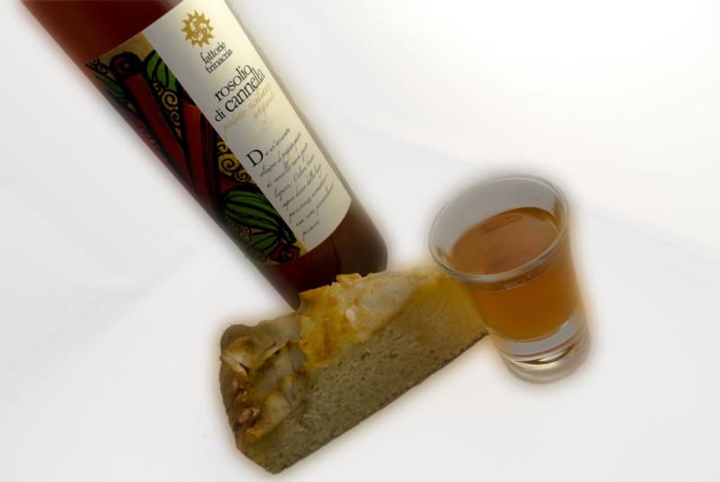 Rosolio Cannella e Torta di Mele